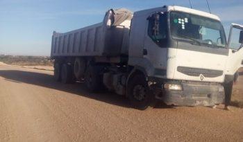 Véhicule occasion RENAULT TRUCKS Camion porteur Tunisie plein